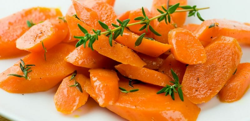 easy carrots with thyme