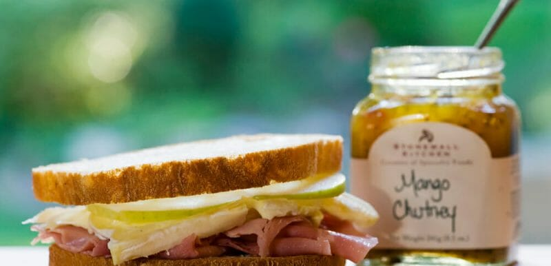 easy ham Brie and apple sandwich
