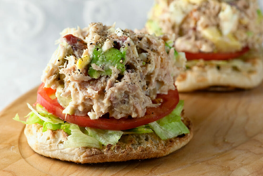 tuna cobb salad sandwich recipe