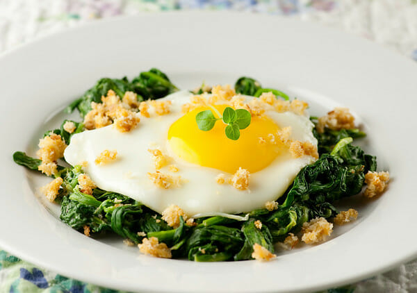 eggs with mustard spinach