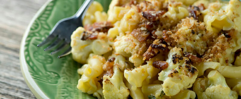 Pasta with Cauliflower and Bacon