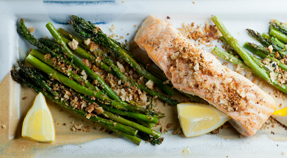 salmon with bread crumbs