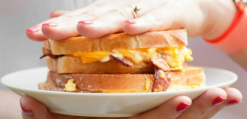 easy breakfast grilled cheese sandwiches