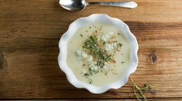 easy blue cheese cauliflower soup