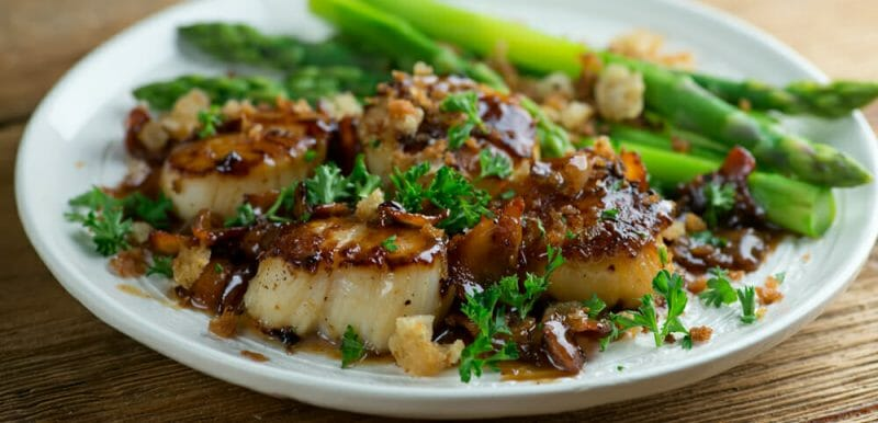 easy Scallops with Maple Cream Sauce