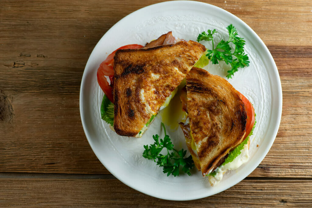 Egg In A Hole BLT Sandwiches