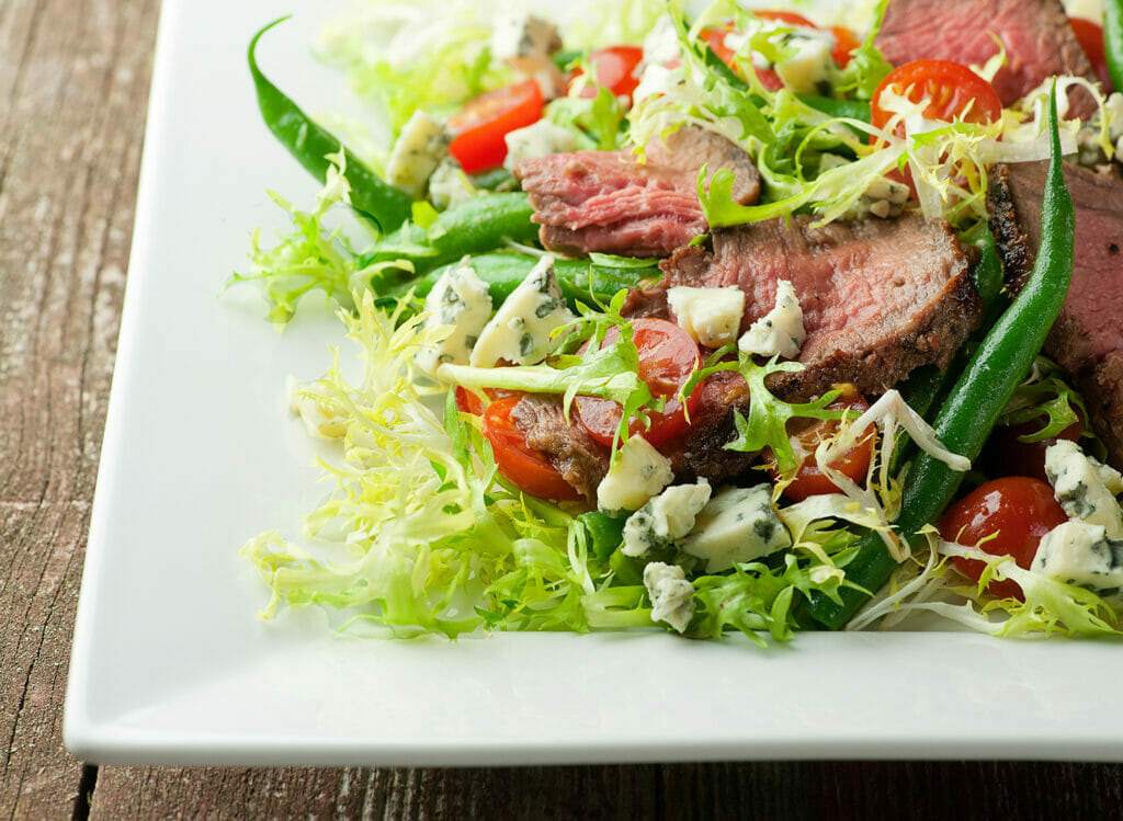 blue cheese steak salad